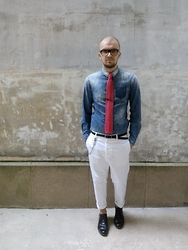 Hugo Portillo -  - How to wear white trousers ? 3 outfits