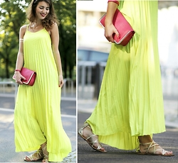 Samieze - Dresslink Neon Dress - Neon Pleats