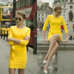 Monchanvre - Ray Ban Sunglasses, Mohito Dress, Zara Heels - Yellowish