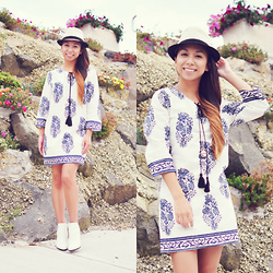 Melanie P. - Dressin Printed Shift Dress, Urban Outfitters Pocket Watch Necklace, Tobi Ankle Boots - Shift Dresses for the Beach