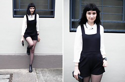 Amelia Goldie - Boohoo Pinafore, Minkpink White Collared Shirt - Pinafore Perfect.