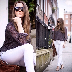 Agata Solak - Zara Jeans, Mango Sandals, Tommy Hilfiger Top, H&M Sunglasses - Summer in the city