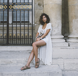 Stephanie Liu - Cleobella Robe - Cleobella in Paris
