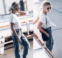 Mikuta - Zara Tshirt, Fashion Pills Jeans, Zerouv Sunnies - Just denim