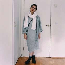 Shaghaiegh Hoshiar - Zara Scarf, Bricklane Shirt, Zara Dress, Asos Ankle Boots - Grey scale