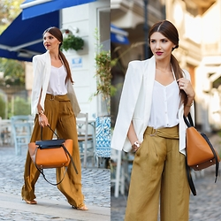 Larisa Costea - Shein Blazer - Transition