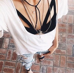 Daftbird LA - Daftbird Tee, For Love & Lemons Bralette, Child Of Wild Necklace, One Teaspoon Jeans - Low scoop tee and ripped jeans