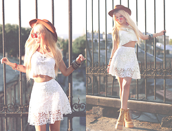 Krist Elle - Top And Skirt, Freyrs Sunglasses - SUNSET