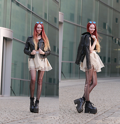 Liza LaBoheme - Tutu Mini Skirt, Choker, H&M Faux Leather Jacket, Sunglasses, Topshop Socks, Demonia Platforms - Do you still believe in love, I wonder?