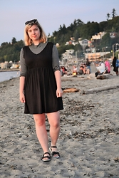 Elizabeth Claire - Boohoo Black Smock Dress, Forever 21 Striped Turtleneck, Target Black And White Sandals - Seattle Sunset