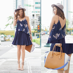 Kryz Uy -  - My No-Fail Dress for Bloated Days