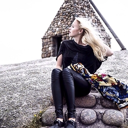 Nicola Marleen - Sassy Classy Top, Demon Tz Scarf, Keds Shoes - The End of the World
