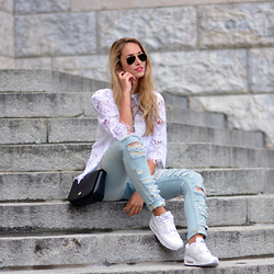Vanessa Ciliberto -  - Distressed denim
