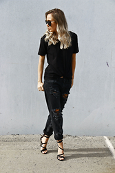 Lindsey Denham - Quay Sunglasses, General Pants Tee, One Teaspoon Jeans, Tony Bianco Heels - All black