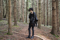 Asmodeus Moonlight Hel - Dr. Martens Boots 1460, Lip Service Original Cult Black Pants, Widow Tattered Knit Sweater Hoody, Zara Black Leather Jacket, Asos Black Sunglasses - BLACKCRAFT