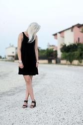 Merel - H&M Little Black Dress, Fred De La Bretonière Sandals - TELL ME WHO I AM