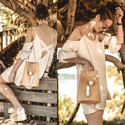 Elle-May Leckenby - Bkrm White Label Show It Off Dress, Camel Leather Bucket Bag - Cross over