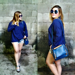 BeLL LurzZzzz - Newdress Round Sunglasses, Dresslink Shoulder Bag, Dresslink Blouse, Wholesalebuying Denim Shorts, Forever 21 Sandals - 100th LOOK