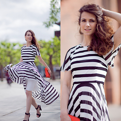 Andrea Andrea -  - STYLISH STRIPES