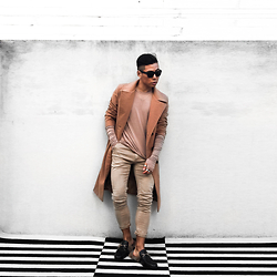 Bloggers Boyfriend - Shop Beige Renegade Structured Camel Overlong Mens Coat In Wool Blend, Gucci Fur Loafers - Camel Long Coat