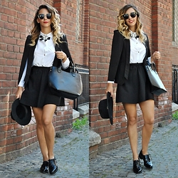 Manuella Lupascu - Deichmann Shoes, Zara Bag, Freyrs Sunglasses, Shein Blazer - Back to School with Deichmann
