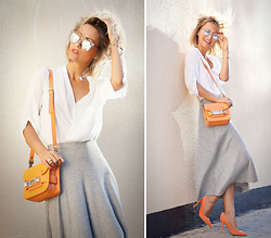 Galant-Girl Ellena - Christian Dior Suede Pumps, Proenza Schouler Bag - Light.