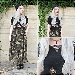 Federica D - Romwe Hollow Crop Top, Romwe Camo Print Skirt - Battle