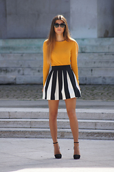 Tamy's Fashion World - H&M Shirt, Stradivarius Shoes - B&W skirt
