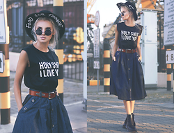 Krist Elle - Download App The Yub Shop T Shirt, Newdress Denim Skirt, Zerouv Round Sunglasses, Dr. Martens Dr Boots - HOLY SH*T I LOVE YOU