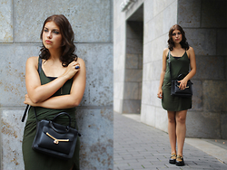 Jasmin Fatschild - Bag, Dress, Flats, Ring - FASHION MONTH