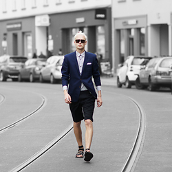 Patrick Pankalla - Matinique Blazer, Matinique Printed Shirt, Matinique Suit Shorts, Asos Gladiator Sandals, Emporio Armani Sunglasses - Walking The Streets Of Berlin