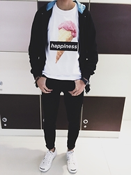 Nash Castro - Specteecular Happiness Tshir, Converse Jack Purcell, Thrift Store Black Jeans - Happiness