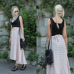 Faye S. - Spell Designs Skirt, Dressin Crop Top, C&A Bag, Public Desire Shoes, Style Moi Necklace - Free your mind
