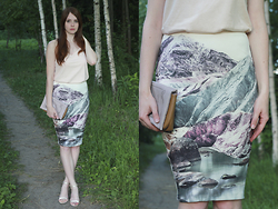 Anna Aleshina - Asos Cami Top, Asos Clutch, Asos Heeled Sandals, Asos Skirt - Mountains