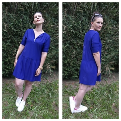 P&P Nororre - Mango Robe, Adidas Baskets - Blue dress