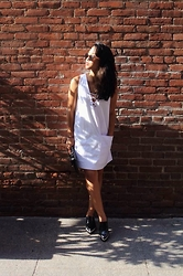 Risu O. - Zara Tie Front Dress, Zara Clogs, A.J. Morgan Sunglasses - Old town.