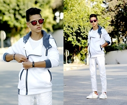 Sal Iim - Cndirect Coat - White is the most fashionable color