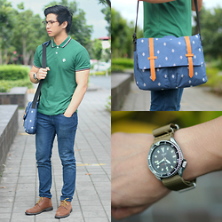 Nick Ronquillo - Cotton On Messenger Bag - Smart Casual