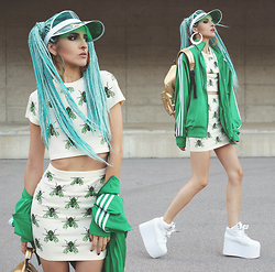 Gina Vadana - Dropdead Co Ord Top, Dropdead Co Ord Skirt, Yru Creepers, Vidakush Visor, Elisha Francis Faux Septum, Mipac Backpack - BUZZIN AROUND