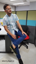 Armel M. - Uniqlo Shirt, Uniqlo Pants, Zara Loafers - Color me blue