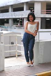 Bianca Danise - New Look White Top, Forever 21 Joggers - 09132015