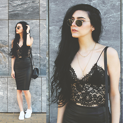 CLAUDIA Holynights - Style Moi Lace Top, Style Moi Faux Leather Skirt, Style Moi Gold Necklaces - Lace and leather
