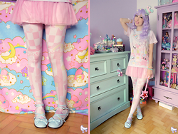 Luly Pastel Cubes - Follow The White Rabbit Pantyhose, Lockshop Wig - Pastel Cubes girl