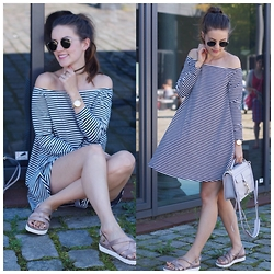 Sonja Shoppisticated - About You Dress, Rebecca Minkoff Bag, Tamaris Sandals, Ray Ban Shades - My Favorite Summer Dress