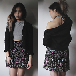 Viwern W - Forever 21 Black Jacket, Marc By Jacobs Gold Watch, Vintage Floral Skirt, Shibuya Grey Halter Top - WE BLOSSOM, THEN DIE