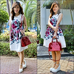 Winda Octavia -  - Spring blooming on my dress