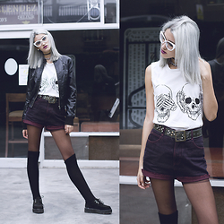 Andrea Chavez - Creepers, High Knee Socks, Sweet Jungle Vintage Burgundy Short, Sybilla Leather Jacket, Doble Cara Grunge White Tee, White Cat Eyes - Winter Grunge
