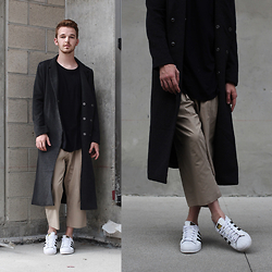 Drew Scott - Feathers Black Tee, Zara Cropped Culottes, F21 Long Coat, Adidas Superstar Sneakers - Khaki & Trench