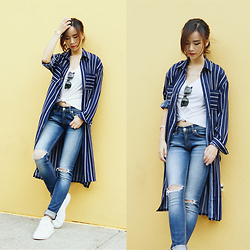 Shelly LIU - Somethin' Sweet Shirt, Rag & Bone Jeans, Addidas Sneakers - STRIPED SHIRT
