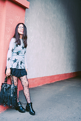 Asemgul Kairzhan - Star Printed Sweater, Casual Dress, Boho Bag, Dotted Tights, Ankle Boots - ♡YOUNGER♡